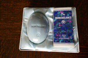 1 Geschenkpackung NONCHALANCE: 1 Stück Seife und 1 Parfüm Eau de   Eu de Cologne