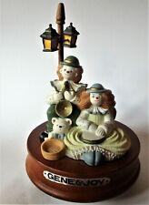 "Music box ""Gene & Joy"" - Clowns under lantern - Music box - Wood resin"