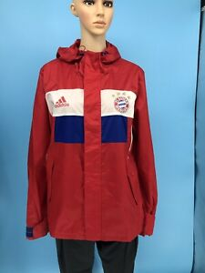 New ADIDAS FC Bayern Munchen Men's Red Hooded Nylon Waterproof Jacket Size: L