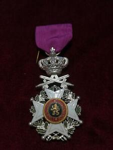 Médaille Belge de l'Ordre de Léopold, version militaire.
