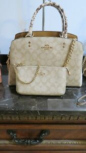 NEW Coach Leather Signature Carryall Bag + Wristlet Set, Chalk Light khaki..