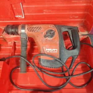 Hilti TE 40 AVR Rotary Hammer Drill With Case