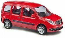 Bus miniatures rouges Mercedes
