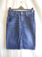"Ladies Skirt - DKNY, size 8, 31"" waist, dark blue denim, knee, casual cool 0898"