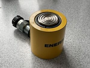 ENERPAC RCS201 LOW HEIGHT CYLINDER 20 TON