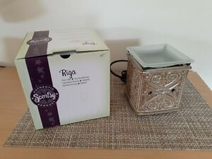Scentsy full size warmer new closeout sale