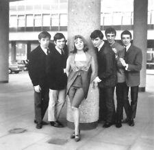 LULU & LUVVERS sexy clipping Shout 1964 B&W photo MOODY BLUES prog John Lodge