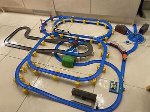 Tomy Thomas & Friends Trackmaster Medium Sized Track W/ Trains