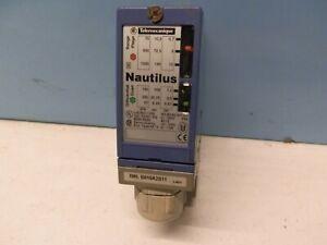 Telemecanique  Nautilus  Druckschalter Typ: XML B010A2S11