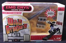 Rob Dyrdek Wild Grinders Emo CrysSkate Spot Lamp Post Grind Rail New 04430