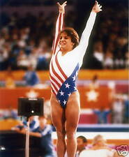 MARY LOU RETTON USA GYMNASTICS 8X10 SPORTS PHOTO #80