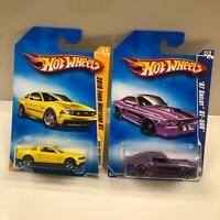 Hot Wheels Lot 2X 2010 Ford Mustang GT #41/42 / '67 Shelby GT-500 #2/10 CL26