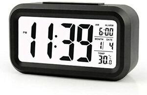 Sveglia digitale con ampio display LED, Funzione snooze, Temperatura data, Nero