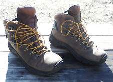 MERRELL Mens 8.5 Performance Hiker Casual Work Boots / Gore-Tex Insulated
