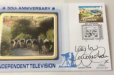 15.9.2005 50 Years Of ITV-Signed LORRAINE CHASE-Emmerdale-Campari Ad-Benham FDC.