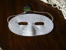 2857) One White Eye Face Mask