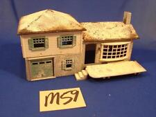 M59 VINTAGE PLASTICVILLE O SCALE PLASTIC BUILDING 2 STORY HOUSE WITH GARAGE