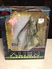 Alien Resurrection Newborn Alien Movie Edition Figure Hasbro Signature Series