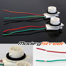 2 x 3056/3156 FEMALE PIGTAIL CERAMIC CORNER/REVERSE LIGHT CONNECTOR/PLUG/SOCKET