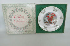 Royal Doulton 1982 Sixth Series Annual Christmas Holiday Plate in Box 1171B