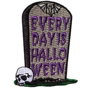 Kreepsville 666 Chaque Jour Est Halloween Tombe Goth Horreur Patch à Repasser
