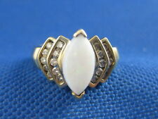 VINTAGE 14K YELLOW GOLD OVAL OPAL RING WITH 20 DIAMONDS SIZE 6 3/4