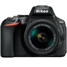 Nikon D5600 DSLR + AF-P VR neu Objektiv18-55mm Black.