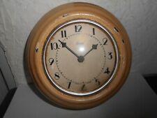 Ancienne petite horloge de magasin SCOUT en métal