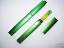 Set verde in plastica per manicure e pedicure