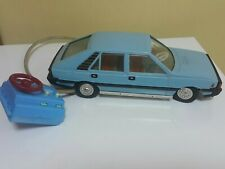 VINTAGE FIAT POLONEZ CZZ 4046 FSO LARGE PLASTIC TOY BATTERY OPER. REMOTE WORKS
