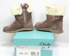 Clarks Toddler Girl's Snugglefun FST Boots Size 6.5 M Walnut in retail box