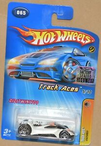 HOT WHEELS 2005 TRACK ACES 5/10 VULTURE #065 FACTORY SEALED