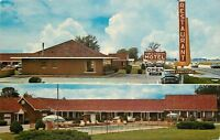 Greenfield Indiana~Town & Country Motel~Pool~Restaurant~1950's Postcard