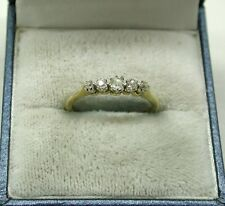 BELLISSIMO VINTAGE 18ct Gold e Platinum cinque pietra anello di diamanti