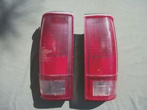 1982-90  CHEVROLET S10- GMC S15 PU TRUCK TAILLIGHTS.   USED  PARTS  READ AD.