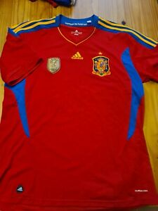 Authentic 2010 World Champions Spain Home Shirt Adidas Iniesta Xavi Puyol
