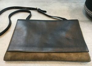 AUTHENTIC JAEGER LEATHER CROSSBODY BAG (RRP £350)