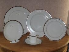PHILIPPE DESHOULIERES *NEW* VERSAILLES PLATINE 7501 Set 5 Assiettes +1 Tasse Cup