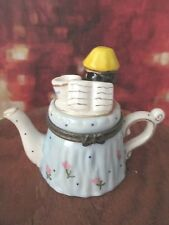 0451  TABLE  TRINKET BOX TEAPOT LAMP GREAT TO GIFT WITH CASH /CHECK
