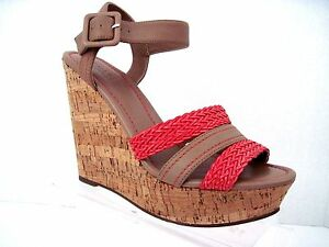 CHARLES by CHARLES DAVID Nude/Coral RENATA Wedge Sandals Size 8 1/2 M