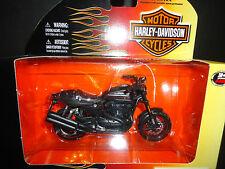 MAISTO HARLEY DAVIDSON XR1200X 2011 S29 1/18