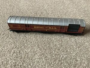 OO Gauge Hornby R413 Operating Lms Royal Mail Coach