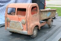 Triang Dump Delivery Truck - Pressed Steel - England