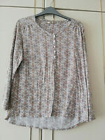 TU WOMENS WHITE BROWN FLORAL BLOUSE LONG SLEEVE TOP SIZE 14 CREW NECK LENGTH 27