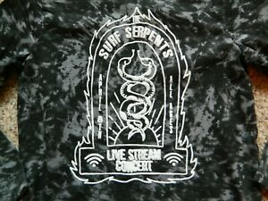 The Surf Serpents black & gray tie dyed LS T-shirt boys size 8