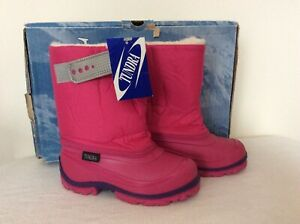 Tundra Teddy 4 Fuchsia Girls Snow Boots, Sz 10, NIB