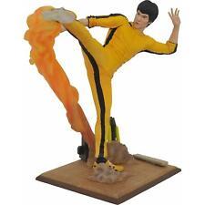 "Bruce Lee Diamond Gallery Kicking Jumpsuit PVC 10"" Diorama Statue Figure"