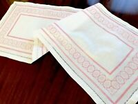 """VINTAGE HAND EMBROIDERED PINK WHITE COTTON CENTRE RUNNER TABLE CLOTH  42x15"""""""