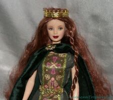 2001 Barbie DOTW Celtic PRINCESS of IRELAND Red Hair MACKIE FACE Doll w/Outfit