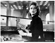 EXPERIMENT IN TERROR great 8x10 still LEE REMICK -- (y937)